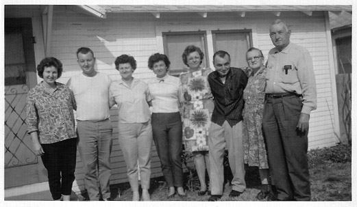 - john_tennie_spears_family_1964